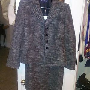Ladies Evan-Picone Pantsuit with Skirt